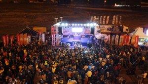 Kayserililer Erciyes'te Zehra konseri ile coştu!