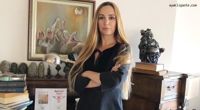 Begüm Fırat'tan Kadınlardan İlham Alan Bir Kitap
