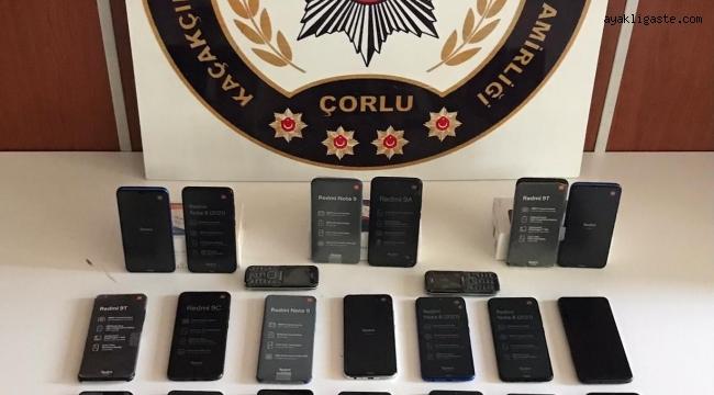 Tekirdağ'da kaçak telefon satan 8 adrese operasyon