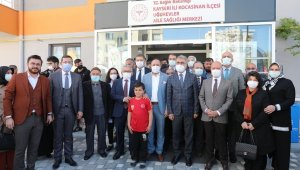KOCASİNAN BUGÜNE DEK KAYSERİ'YE 13 SAĞLIK OCAĞI KAZANDIRDI